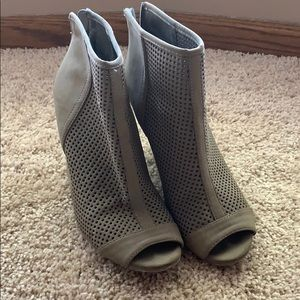 Dark Taupe Perforated Wedges
